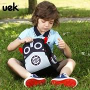 UEK-Phim-Ho-t-H-nh-Robot-Tr-Em-Ba-L-t-Ba-L-Tr-Em (3)